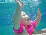 Co přinese dětem a rodičům kurz plavání a batolat?