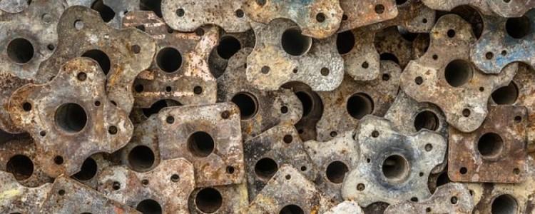Kovové předměty nemusí končit na skládkách. Recyklujte je