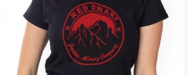Hledáte vtipný a originální dárek? Nepřehlédněte nové motivy na tričkách!