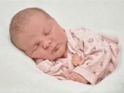 Zázrak jménem noční kojení. Pro laktaci je důležité