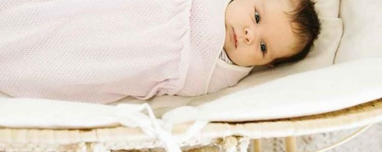 Způsoby zavinutí miminka aneb jak vybrat zavinovačku
