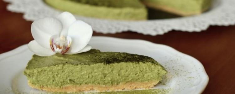Nepečený matcha cheesecake